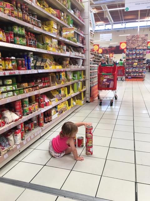Auswandern nach Spanien-Supermarkt in Barcelona
